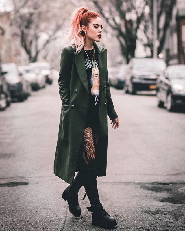 """driveshesaid: """"New post on le-happy.com 🖤 military inspired look and 21 aff... - #aff #driveshesaid #INSPIRED #lehappycom"""