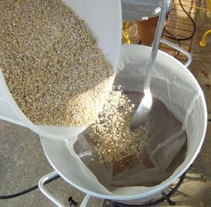Adding Grain Or Doughing In With A Bag Lined Kettle