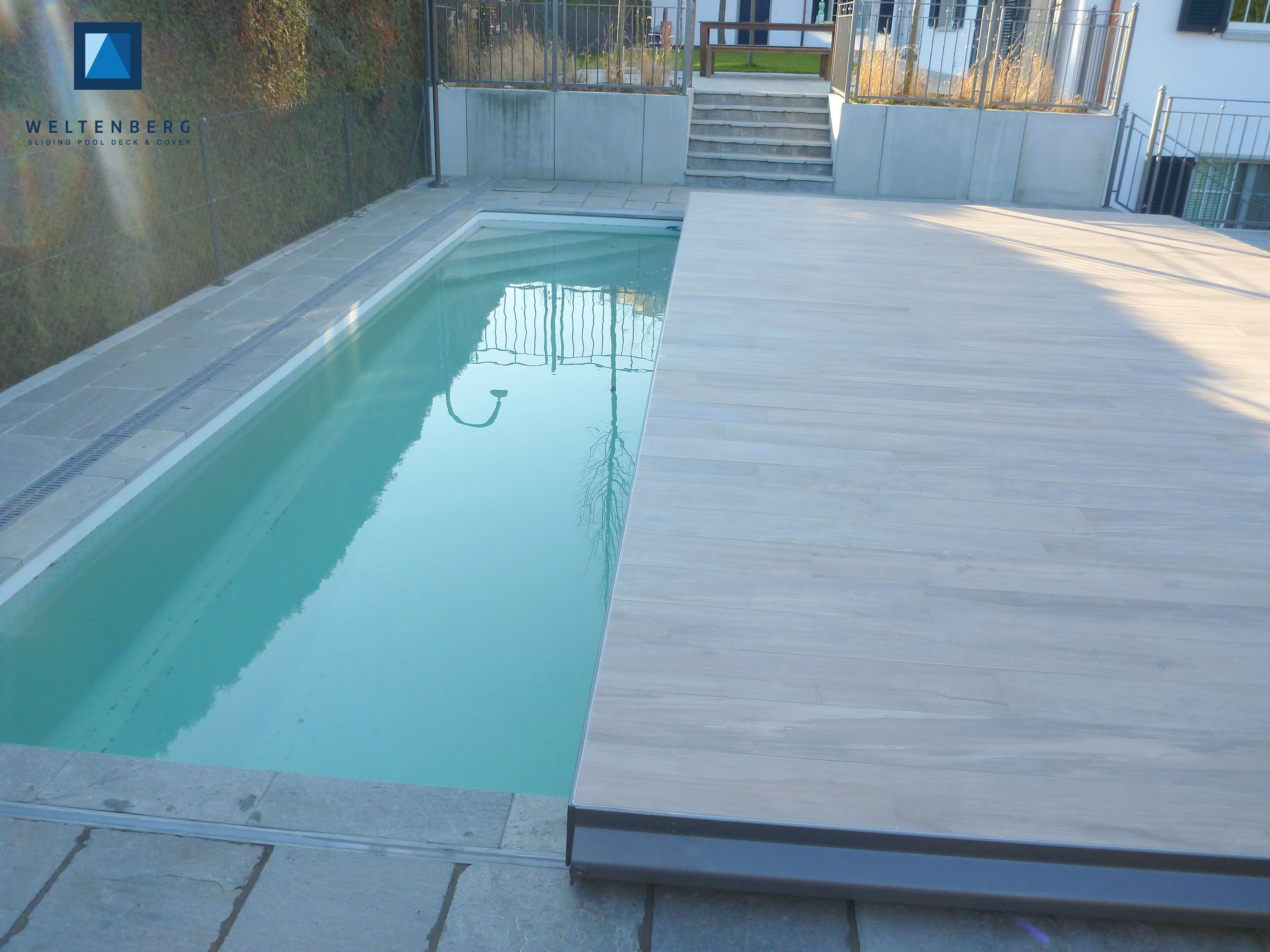 Poolabdeckung Begehbar Rund Sliding Swimming Pool Cover And Terrace Moveable Pooldeck