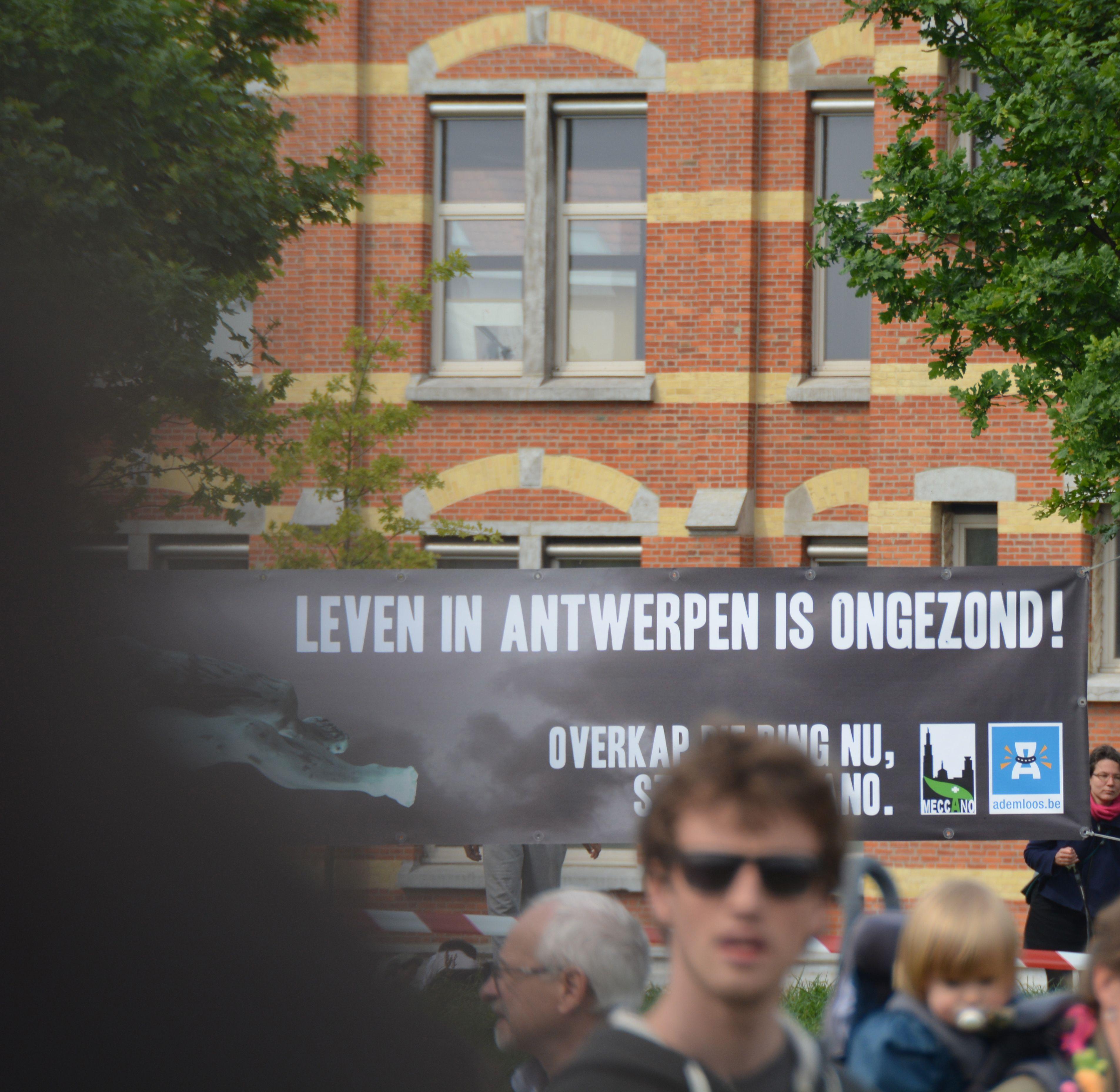 Leven in Antwerpen is ongezond... overkappen die ring!
