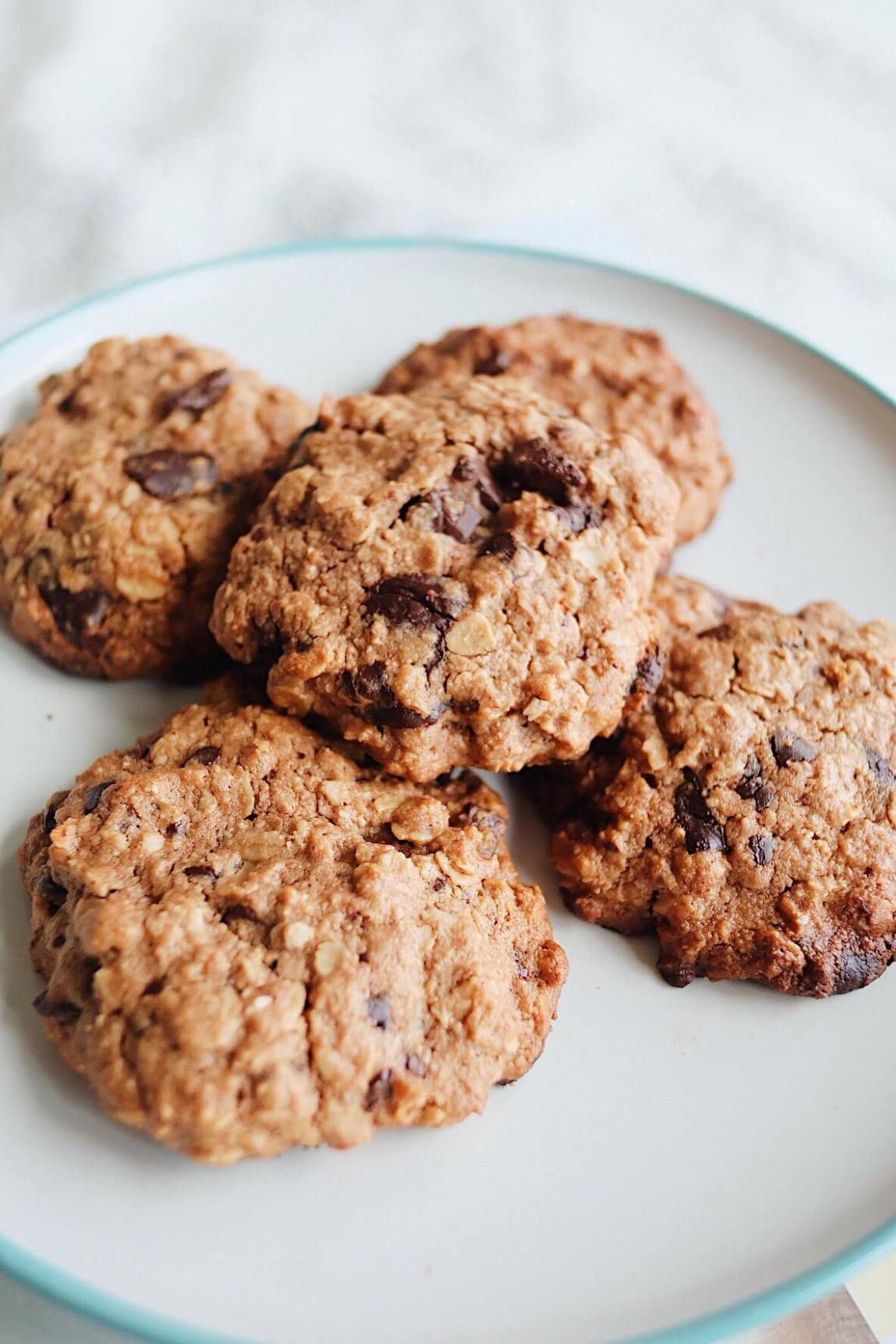 Oatmeal cookies - a cozy delicacy for homemade breakfast 14