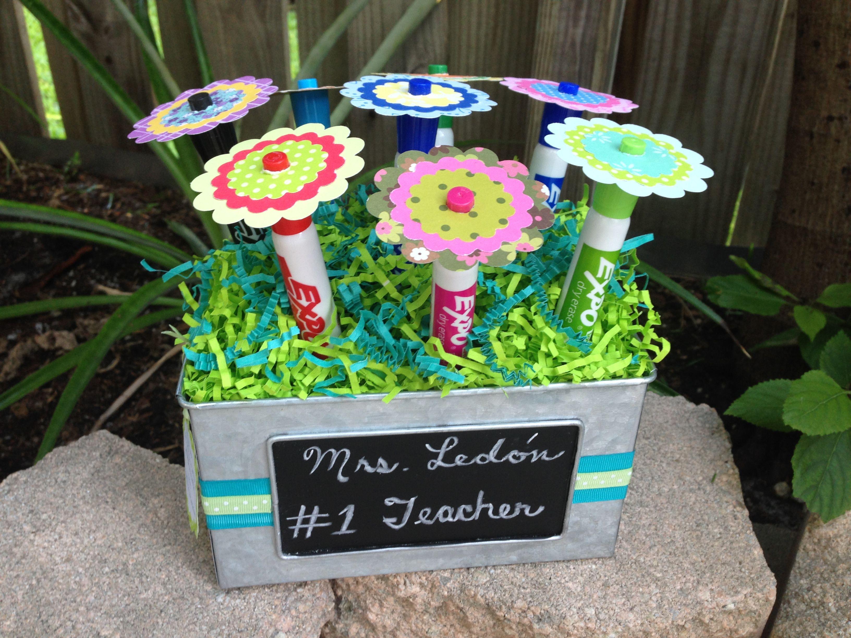 Classroom Keepsake Ideas : Teacher gift expo markers flower basket gifts