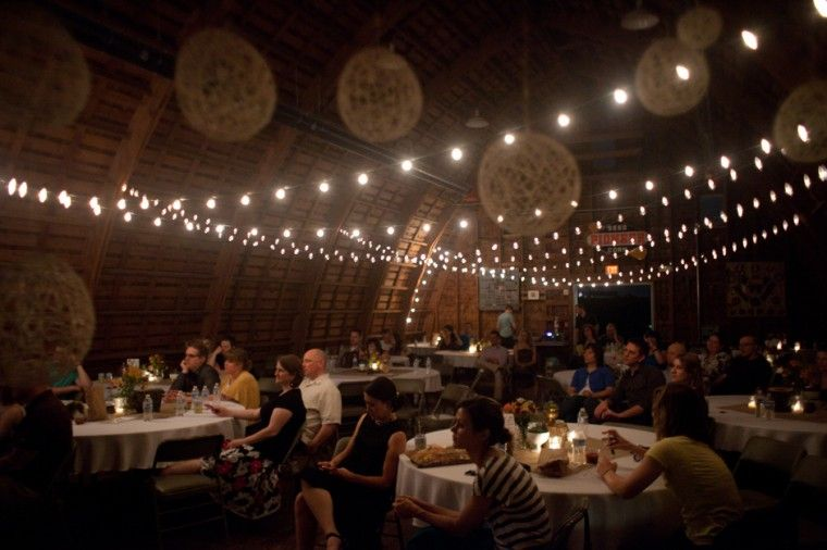 How Lighting Can Affect Your Wedding: Indoor Wedding String Lights Decoration Idea That You Can