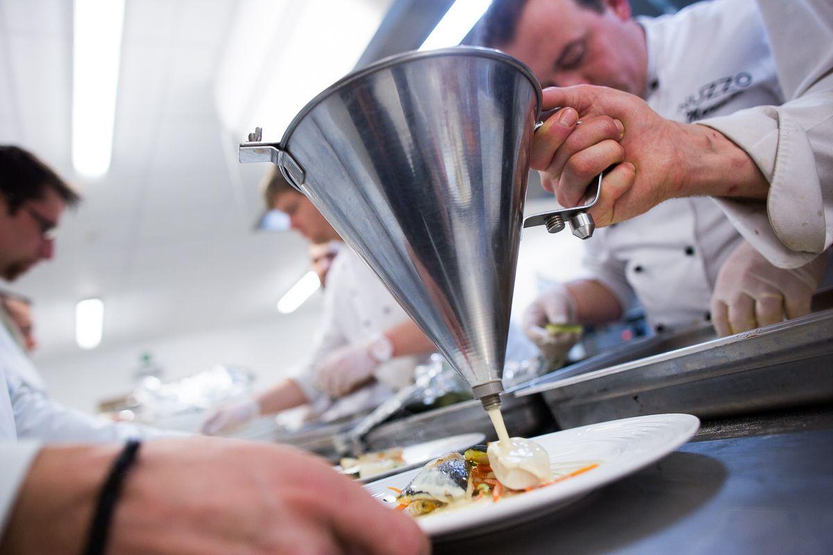 Event Traiteur Nuzzo - www.nuzzo.be #eprod #photographie #traiteur #nuzzo #barreaumons #mons #cuisine #équipe