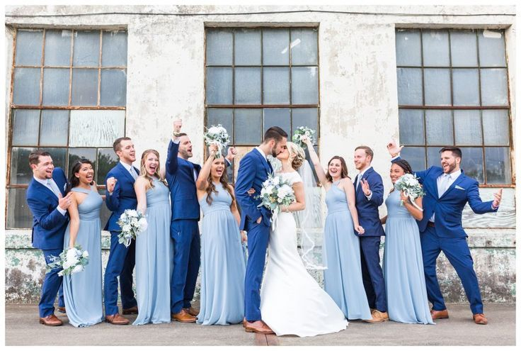 Photo of A slate blue marriage ceremony within the Southern Bleachery