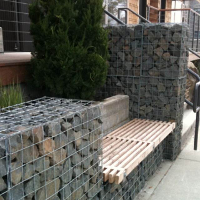Rock Amp Wire Fence With Bench Backyard Fences Gabion