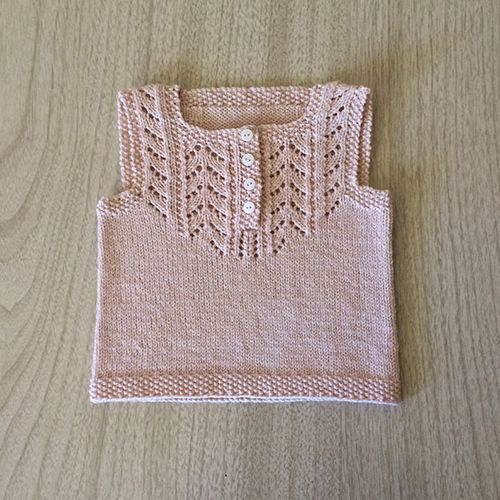 Daily Knit Pattern: Louise Top for Baby