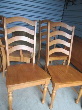Hardwood Dining room/Kitchen table with 6 chairs and leaf ...