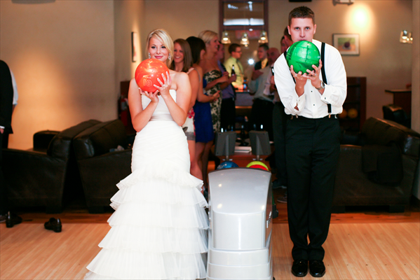 For A Full Wedding Rehearsal Dinner Or Reception Pinstripes Offers Bocce