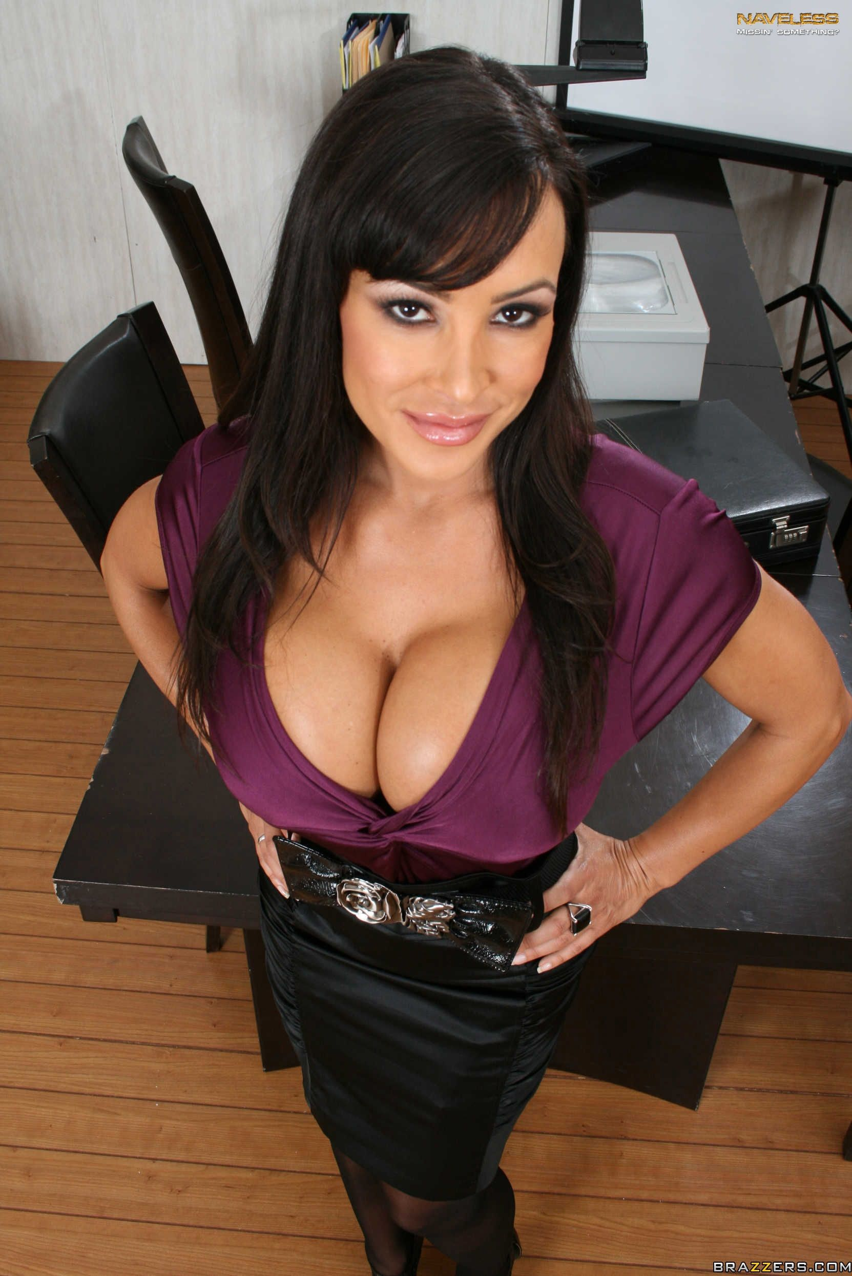 Venus Milf Hunter Complete lisa ann | lisa ann @ naveless | gallery 1 | image 1 of 16