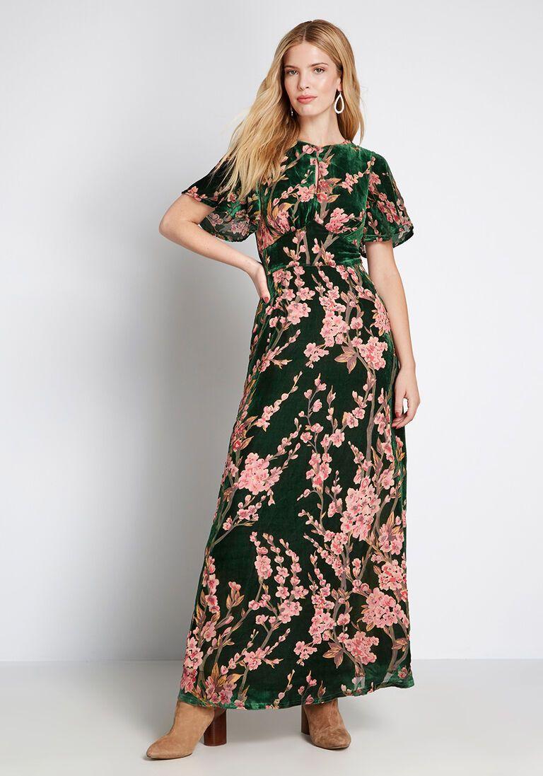 Soiree Saunter Velvet Maxi Dress Maxi Dress Green Velvet Dress Dresses