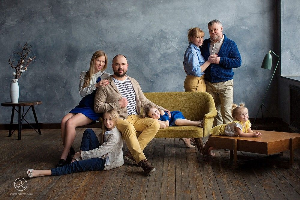 Фотосъемка большой семьи позы приятному