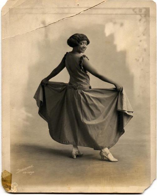 by Louis Daguerre - Eloise Johnson Bennett 1, 1920