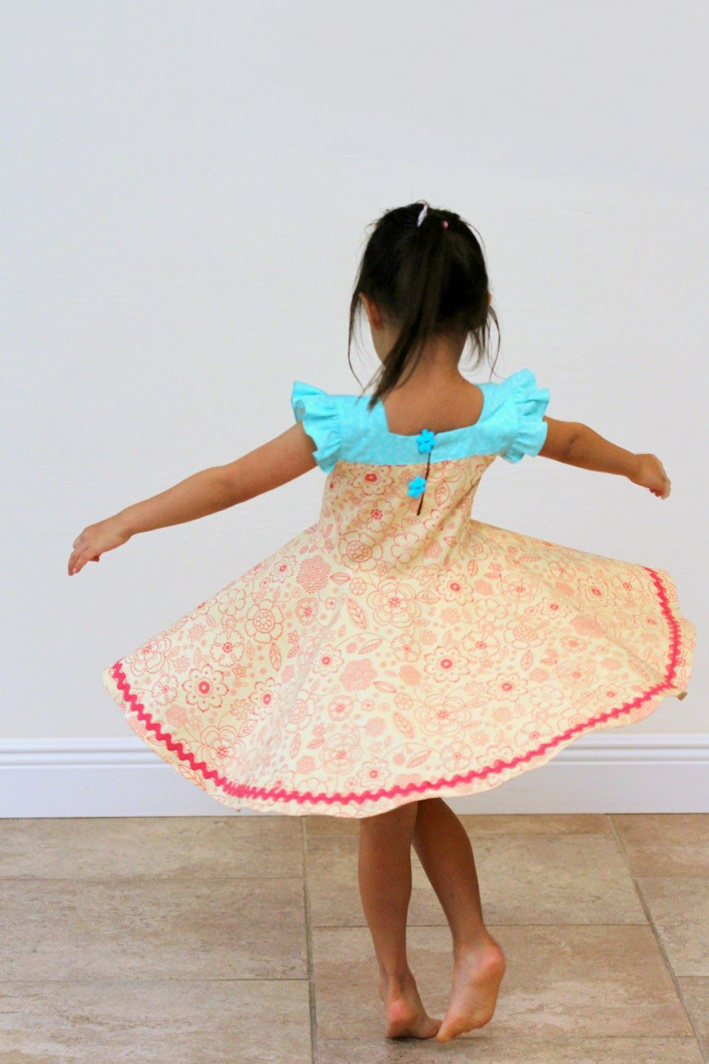 Peaches and Bees: Twirly Summer Dress for Little Momo