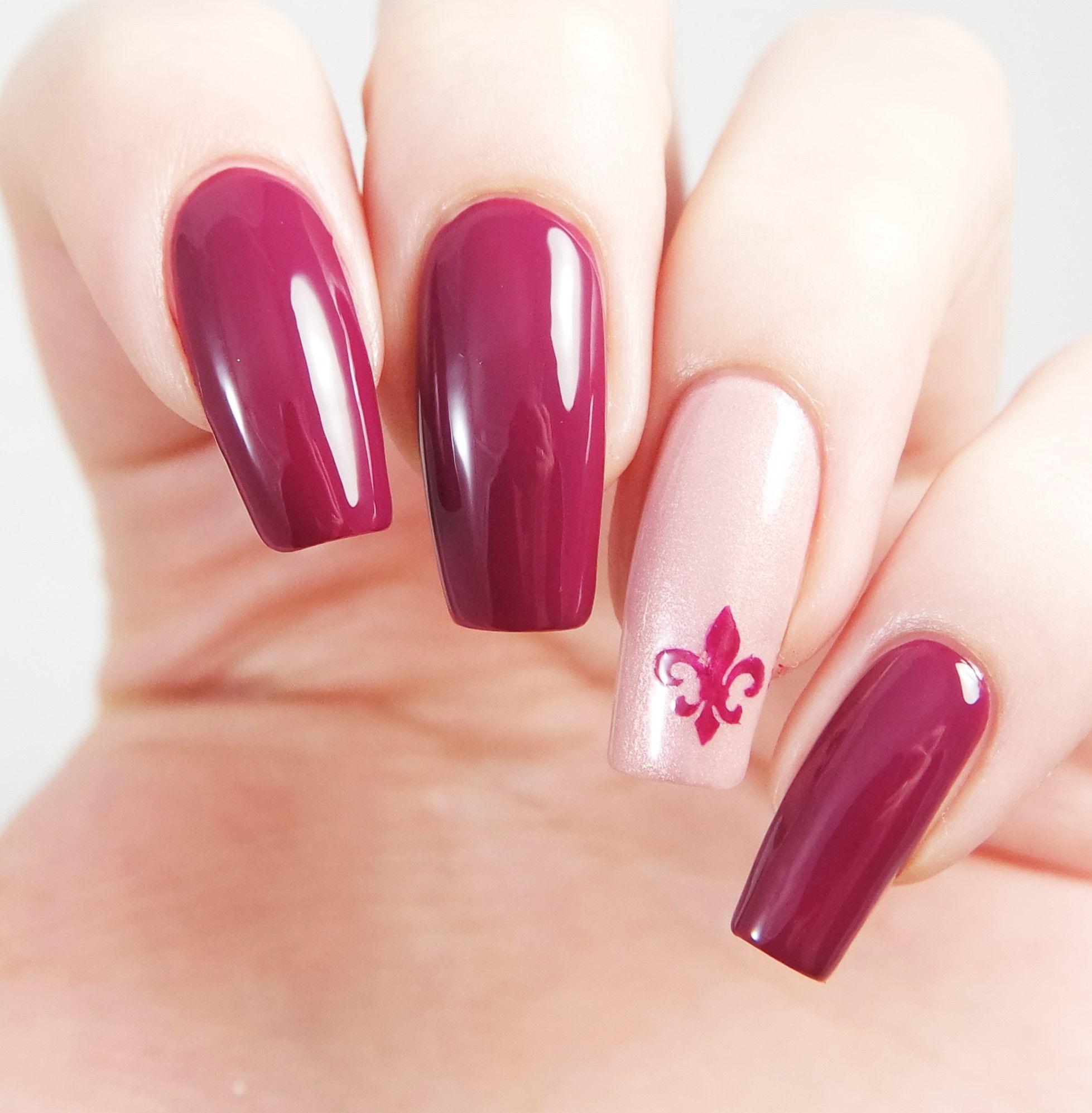 Fleur de Lis Nail Decals/ Nail Stencils | Nail stencils, Nail decals ...