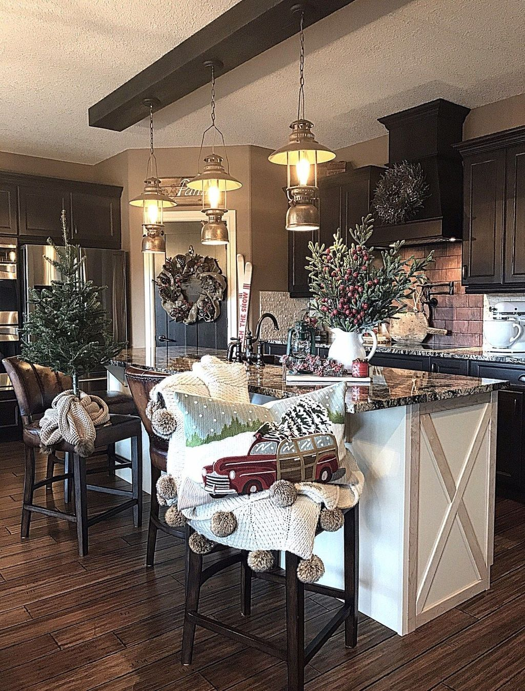 cozy farmhouse living room decor ideas for the home pinterest and house also rh
