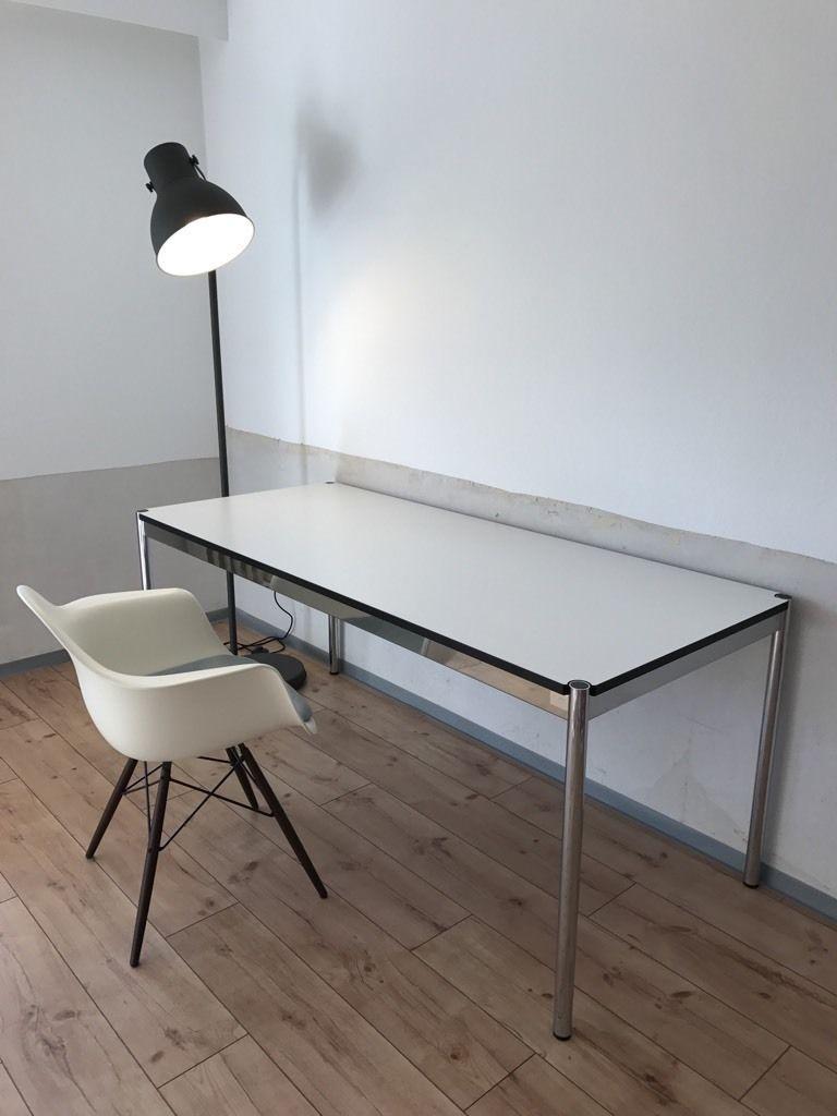 wir bieten hier unseren sehr gut erhaltenen usm haller schreibtisch im ma 175 x 75 cm der. Black Bedroom Furniture Sets. Home Design Ideas