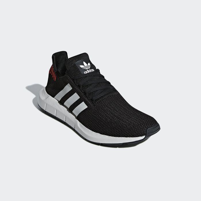Swift Run Shoes Black 11.5 Mens