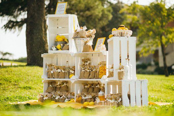 Segnaposto Matrimonio Tema Girasoli : Matrimonio country chic con girasoli e limoni bouquet di nozze