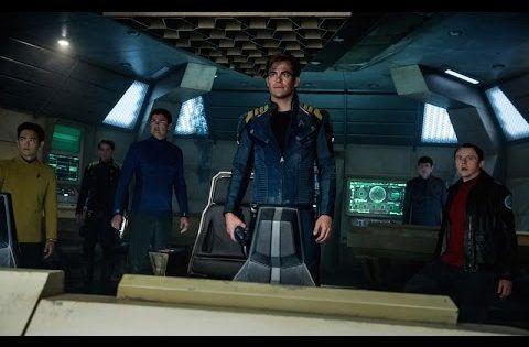 J.J. Abrams hat mit Star Trek – Die Zukunft hat begonnen und Star Trek Into Darkness für einen fulminanten Neustart des Raumschiffs Enterprise gesorgt und dann den Staffelstab weitergereicht, um mit Star Wars Das Erwachen der Macht auch noch das zweite grosse Science-Fiction-Franchise erfolgreich wiederzubeleben. Das Star Trek -Kommando übertrug er an Fast & Furious -Veteran [ ]