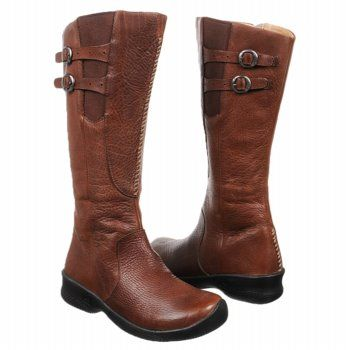 465ee8225b4a Keen Bern Baby Bern Boot in Oak Size 7   Leather upper in a casual  knee-high boot with a round toe   Stitching and overlay detail   Elastic  side panel with ...