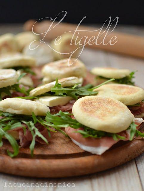 TIGELLE O CRESCENTINA DI MODENA | La Cucina di Monica | Leccornie ...