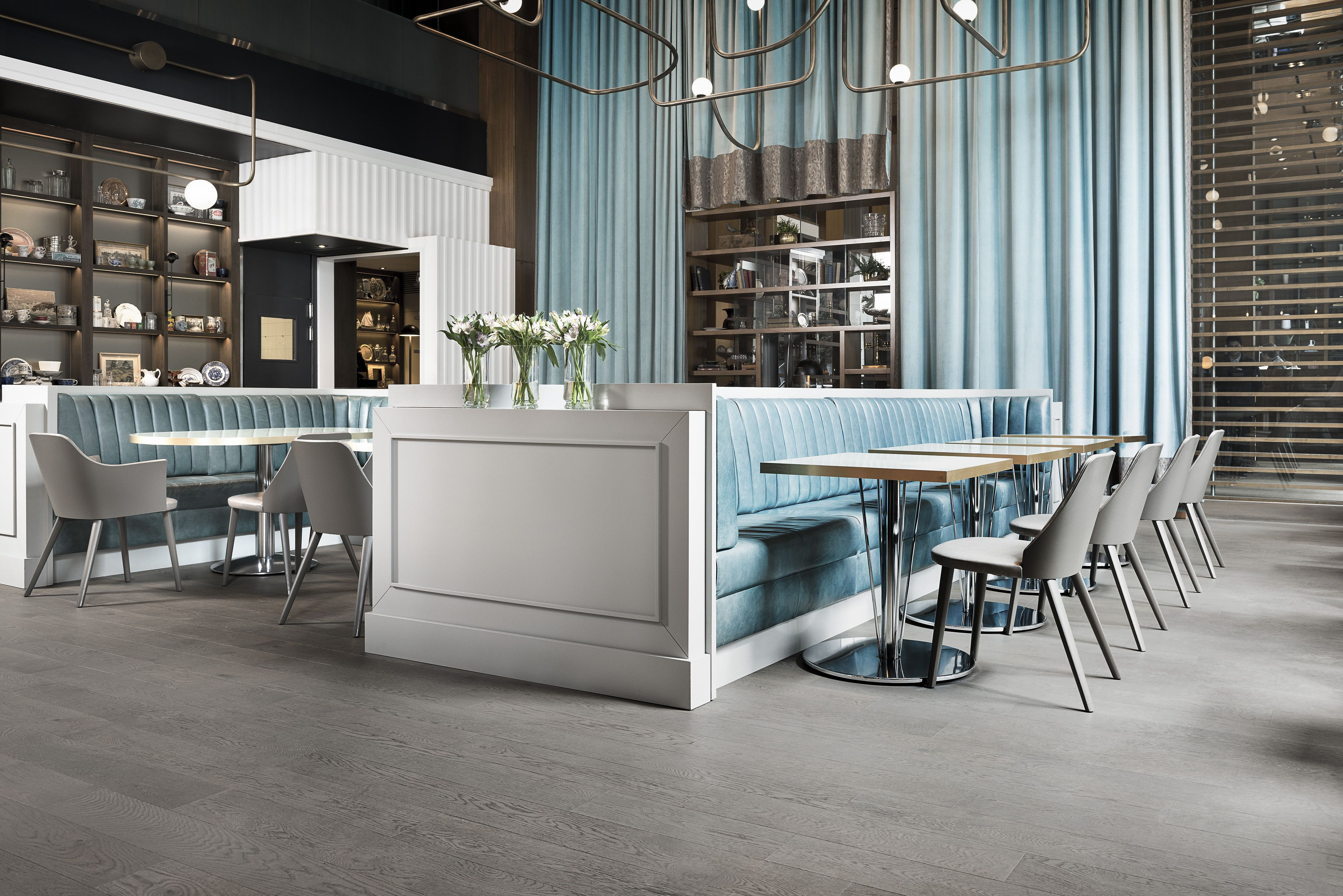 Victor Restaurant At Le Germaine Hotel Toronto 880 Sq Ft Of Mirage Engineered Flooring In White Oak Character Gre Engineered Flooring Home Decor Flooring