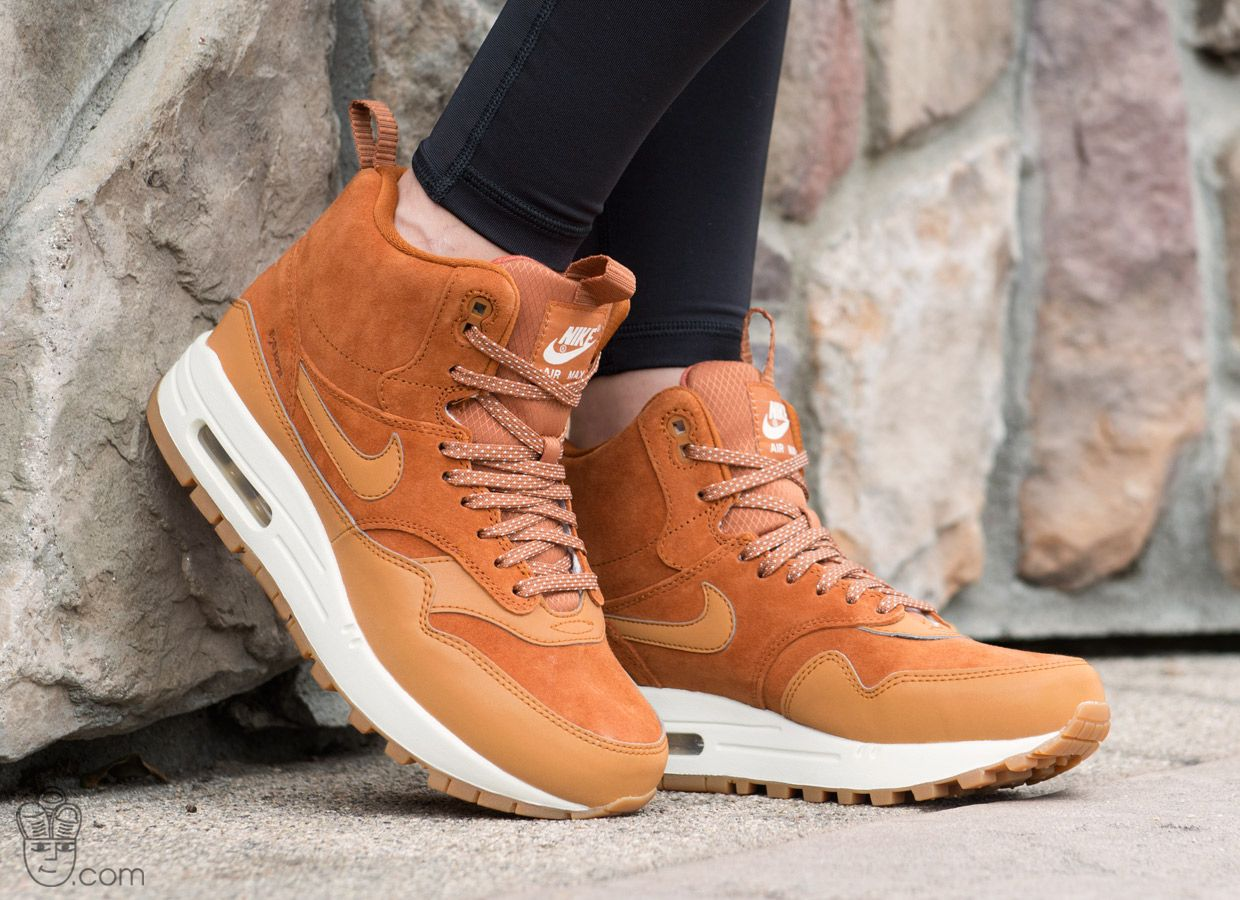 blog-nike-wmns-air-max-1-mid-sneakerboot-