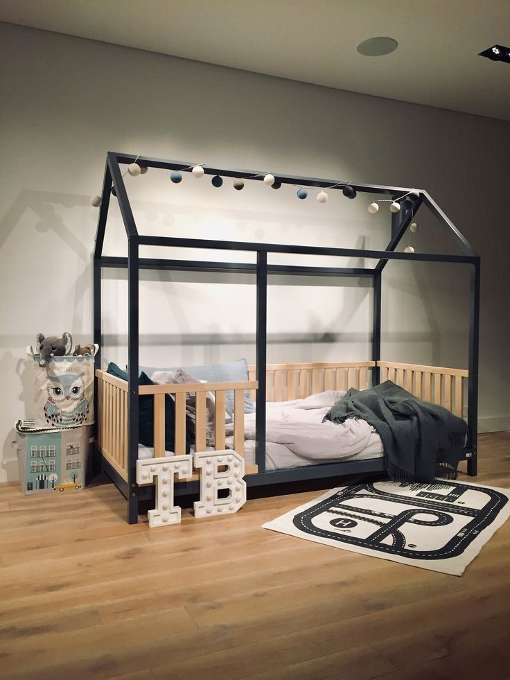 Toddler Montessori bed in TWO COLORS images
