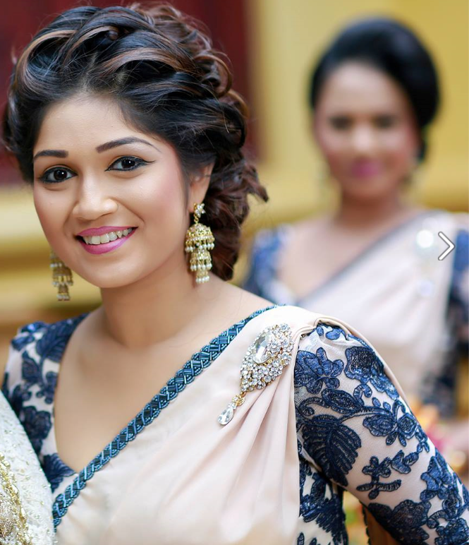 Hairstyles For Brides Mother Kerala Style: Dressed By Manjula Handapangoda