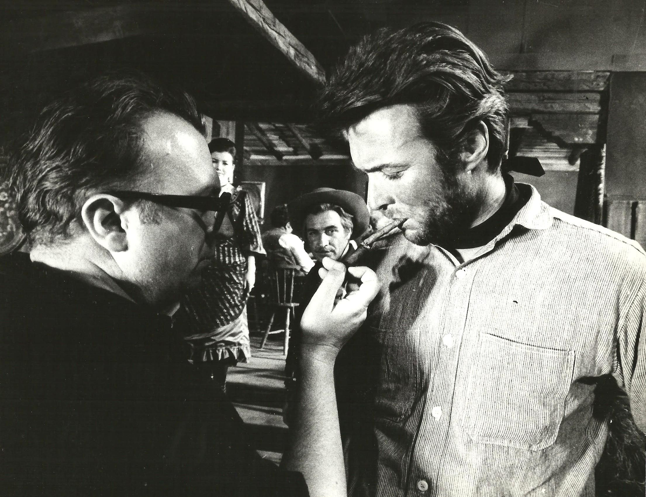 Director Sergio Leone Lights A Cigar For Clint Eastwood On The Set Of For A Few Dollars More 1965 Dollars Trilogy Clint Eastwood Clint