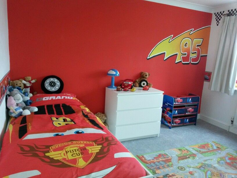 Cars lightning mcqueen bedroom jacob 39 s bedroom ideas for Boy car bedroom ideas