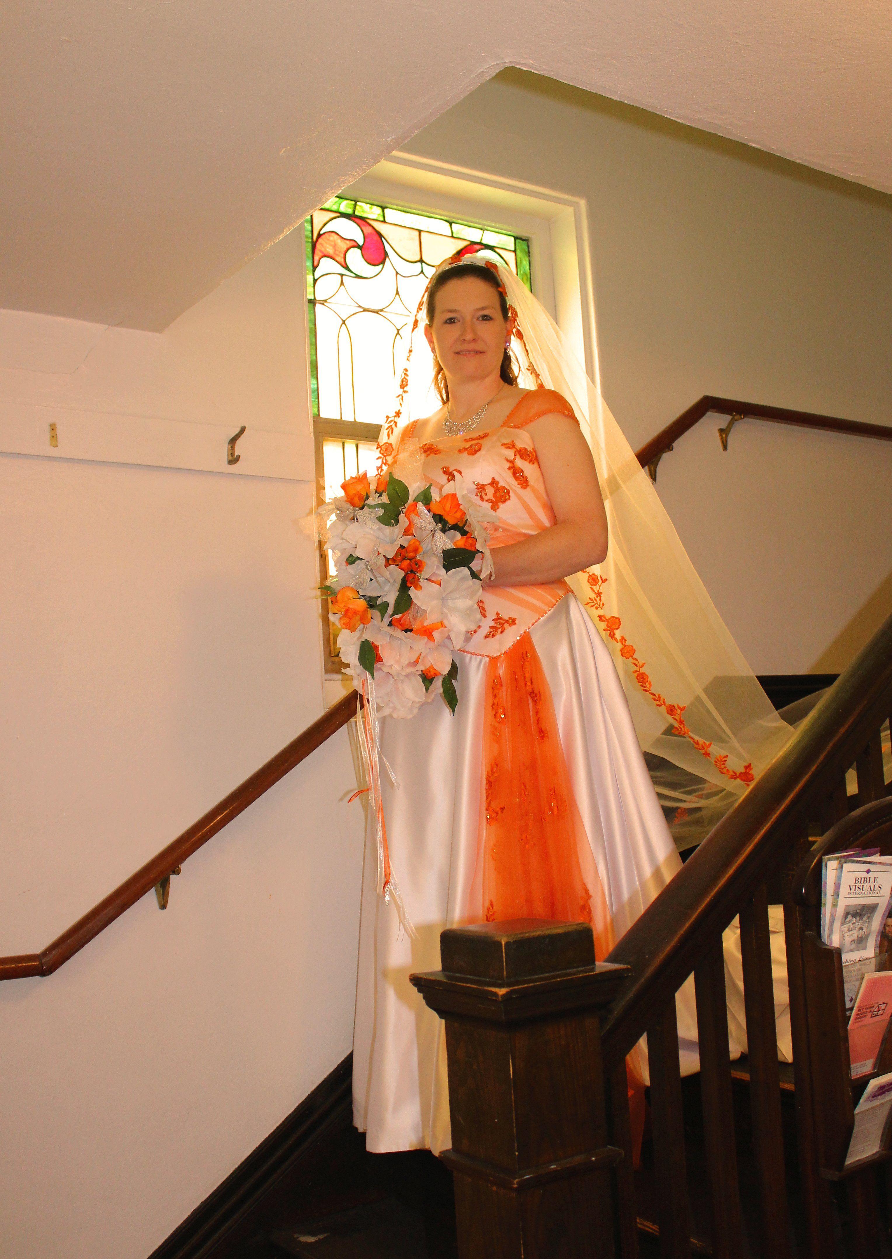 White And Orange Wedding Dress And Veil Non White Wedding Dresses Wedding Dresses White Wedding Dresses [ 4310 x 3055 Pixel ]