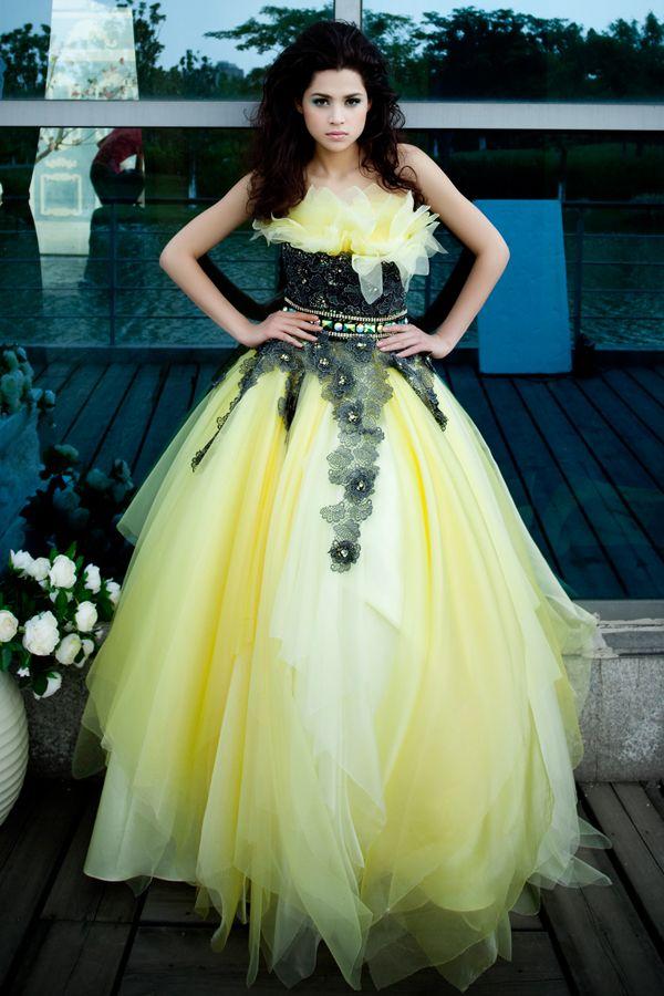 Yellow Wedding Dress with Black Lace Bodice | Wild Wedding ...