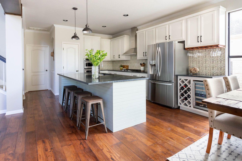 Hello Kitchen Austin Tx Covered Bridge In 2020 Kitchen Design Kitchen Kitchen Projects