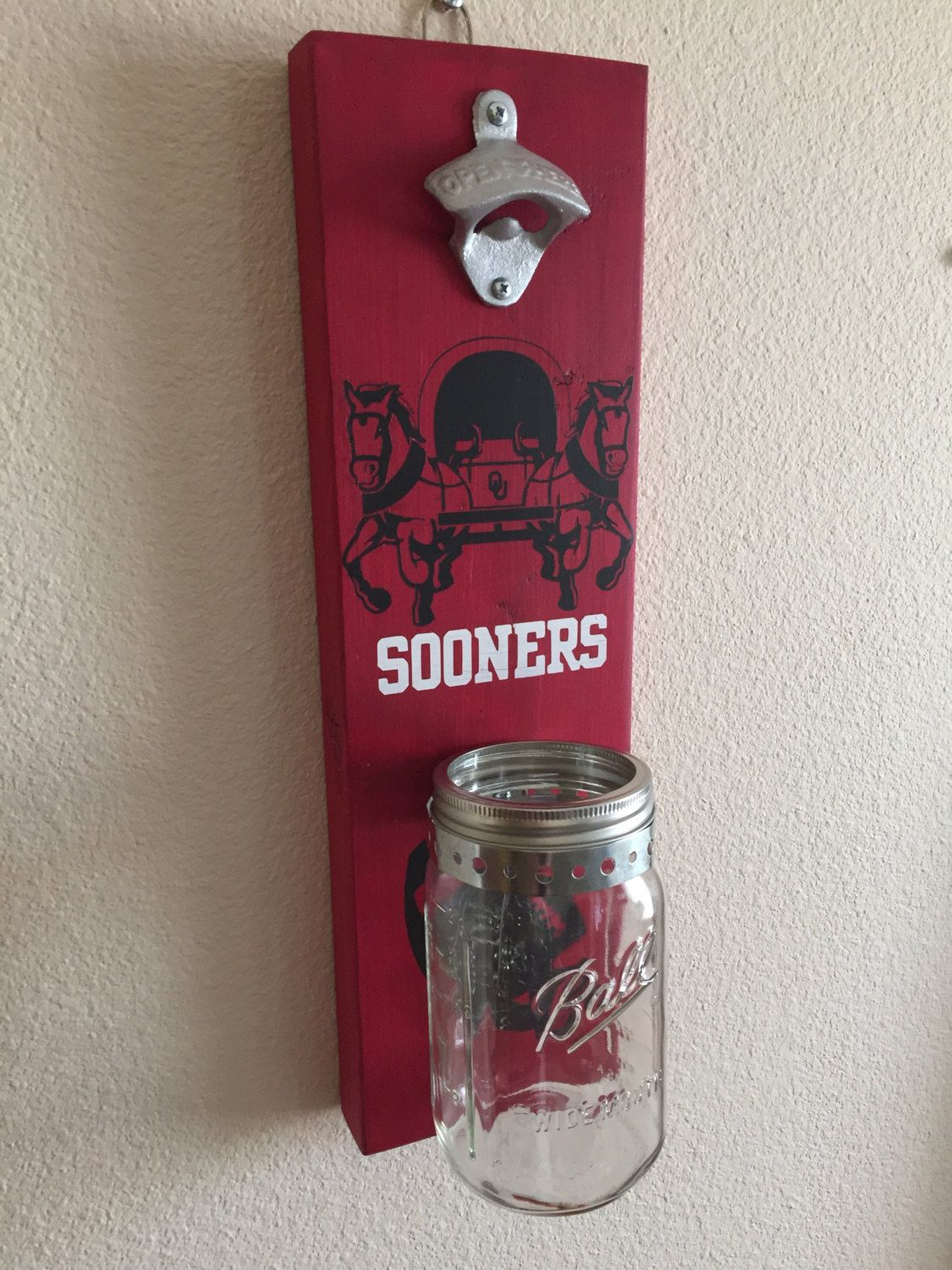 Oklahoma Sooners Bottle Opener With Mason Jar Rustic Football Sooners Pinned By Pin4etsy Com Mason Jar Crafts Football Crafts Sooners