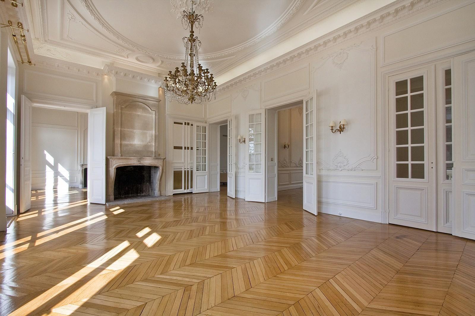 In one of the Hôtel des Maréchaux, located place de l