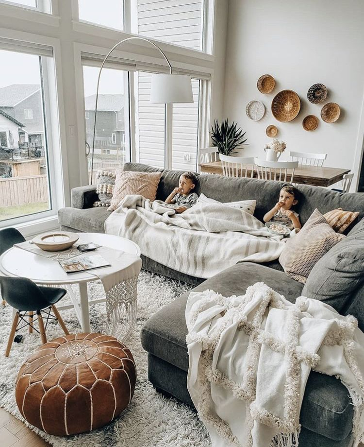 I Love That This Space Is Kid Friendly But Doesn T Revolve Around The Kids Love Th Living Room Scandinavian Living Room Decor Modern Living Room Design Modern