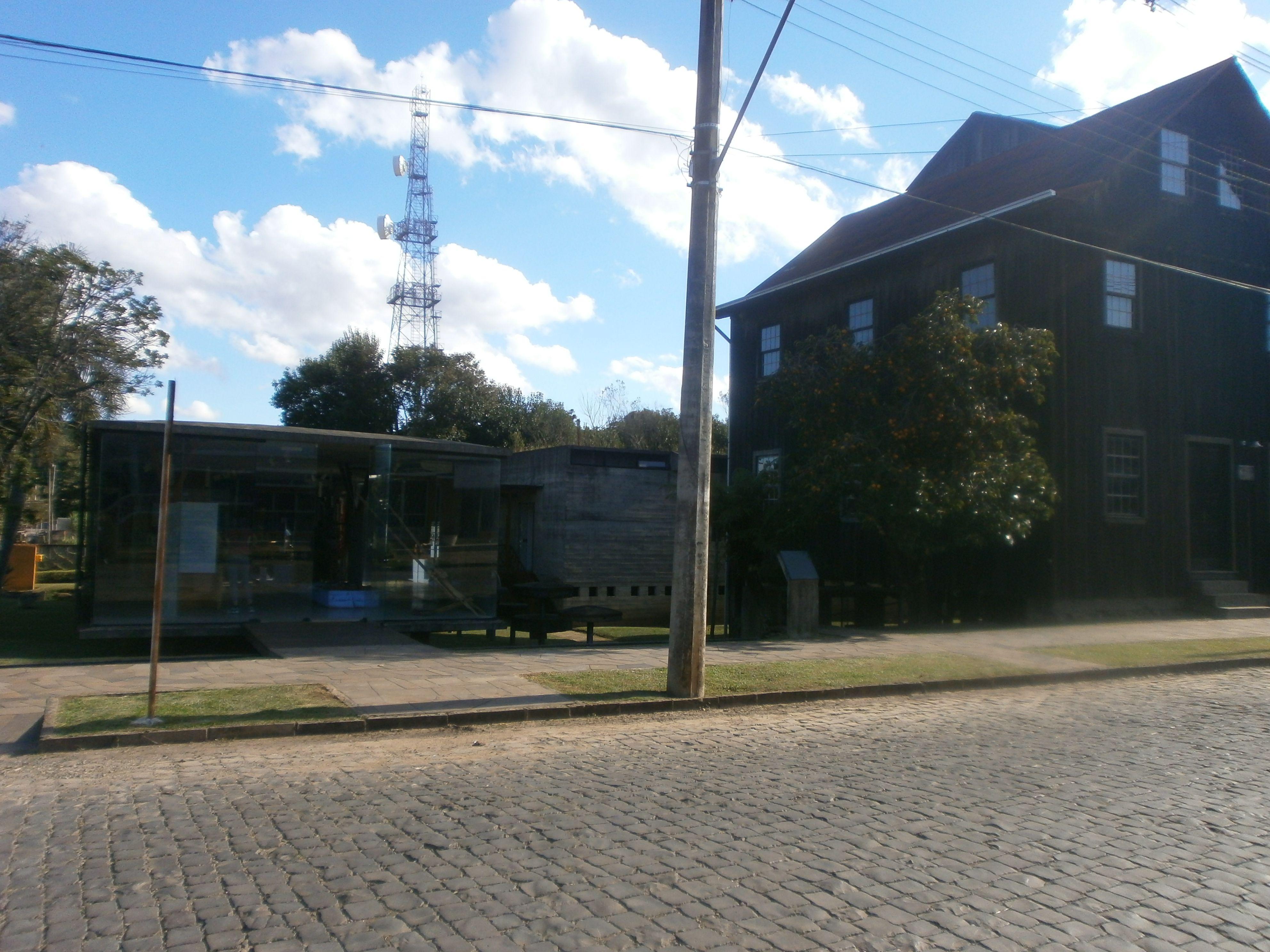 Museu e moinho.