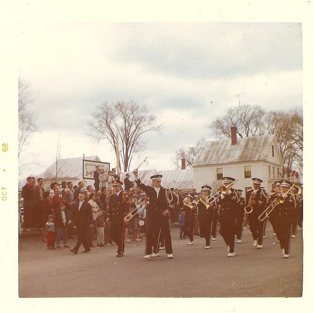 october 1962   sweet small town parade