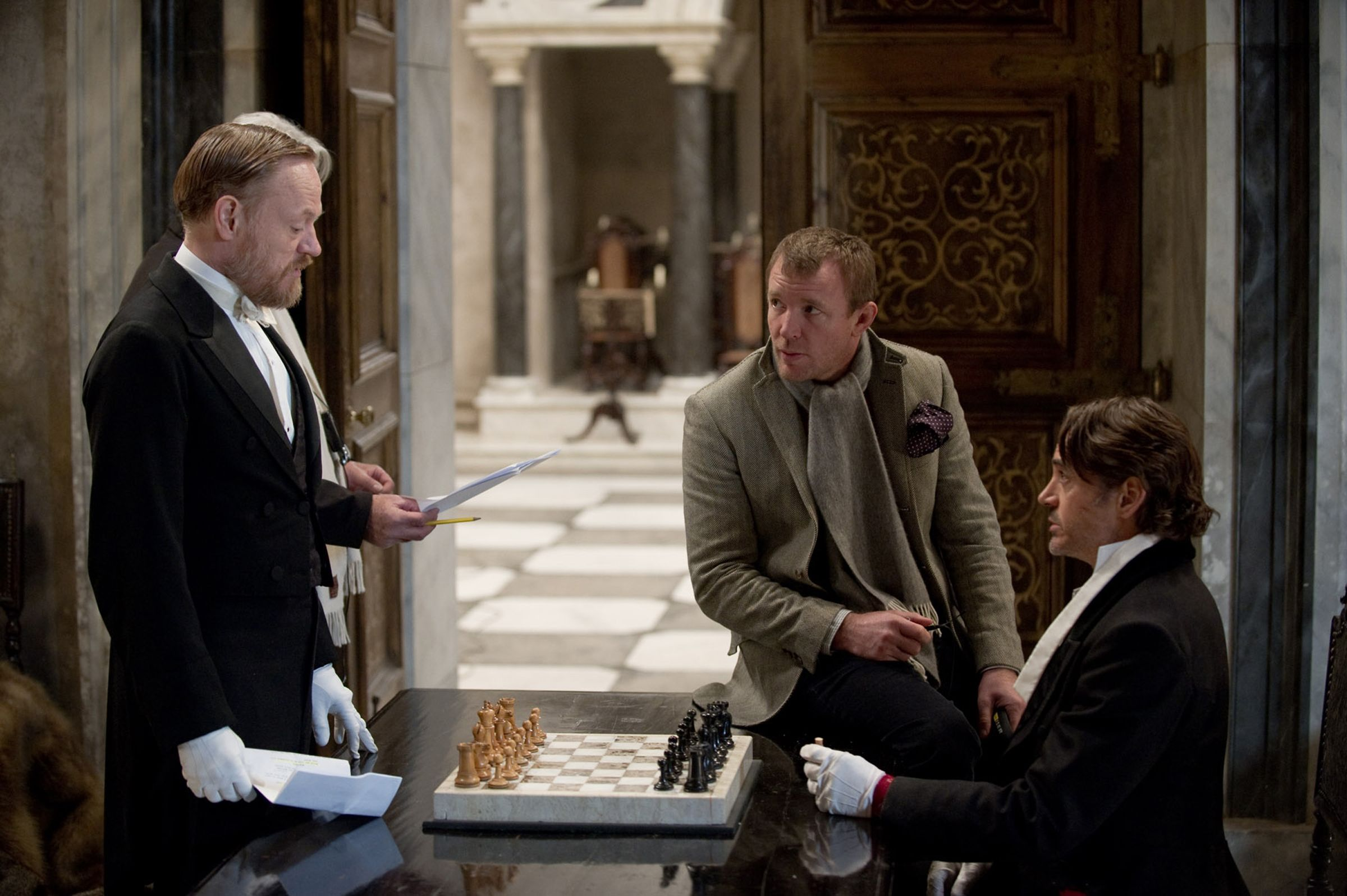 Jared Harris (Moriarty), director Guy Ritchie and Robert