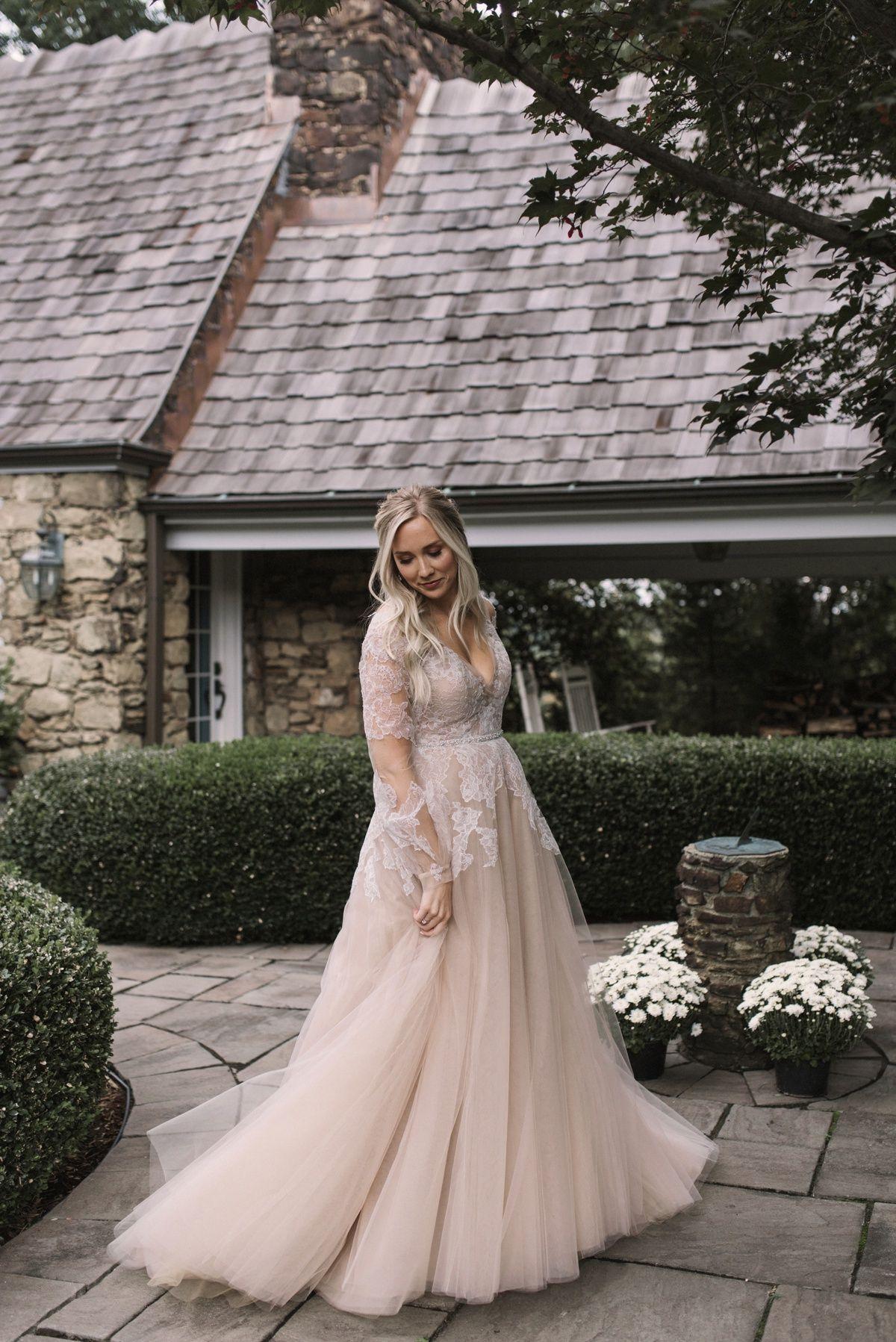 Modern Fairy Tale Inspired Wedding At The Twentieth Century Club Shelby Matthew Plus Wedding Dresses Wedding Dresses Wedding Dresses Plus Size [ 1797 x 1200 Pixel ]