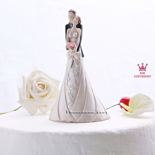 Bride and Groom holding flowers couple Wedding Cake Topper Decoration Favor KT09