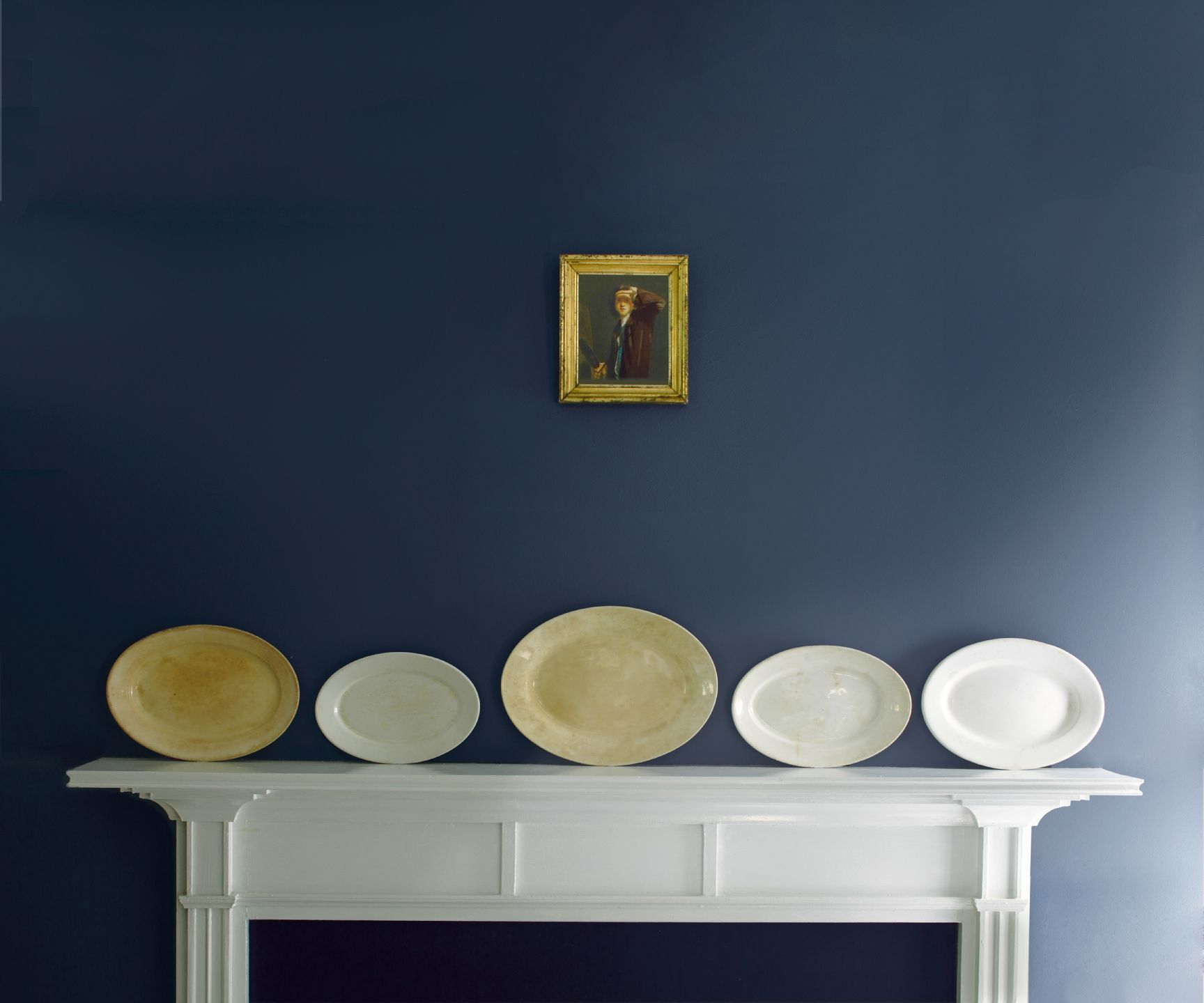 Accented Neutral Color Scheme Bedroom: Paints & Exterior Stains