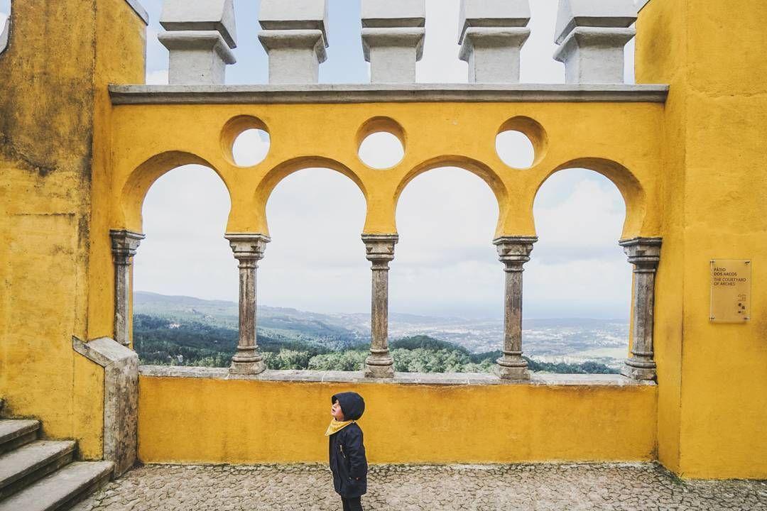 "@giuliegiordi on Instagram: ""The yellow castle. #giuliegiordivantrip2016 #giuliegiordifamilygoessouth"""