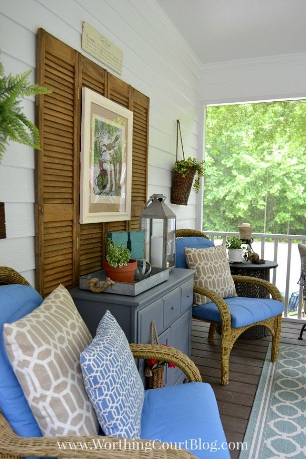 Loads of tips for how to create and inviting outdoor space. Accessorize! Your outdoor space will be much more inviting if you take the time to add accessories.