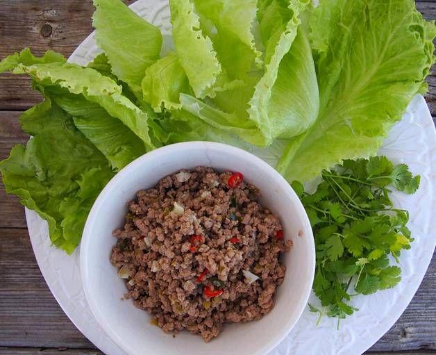 Tarjoile paistettu jauheliha ja salaatit erikseen. Jokainen ruokailija voi tehdä…