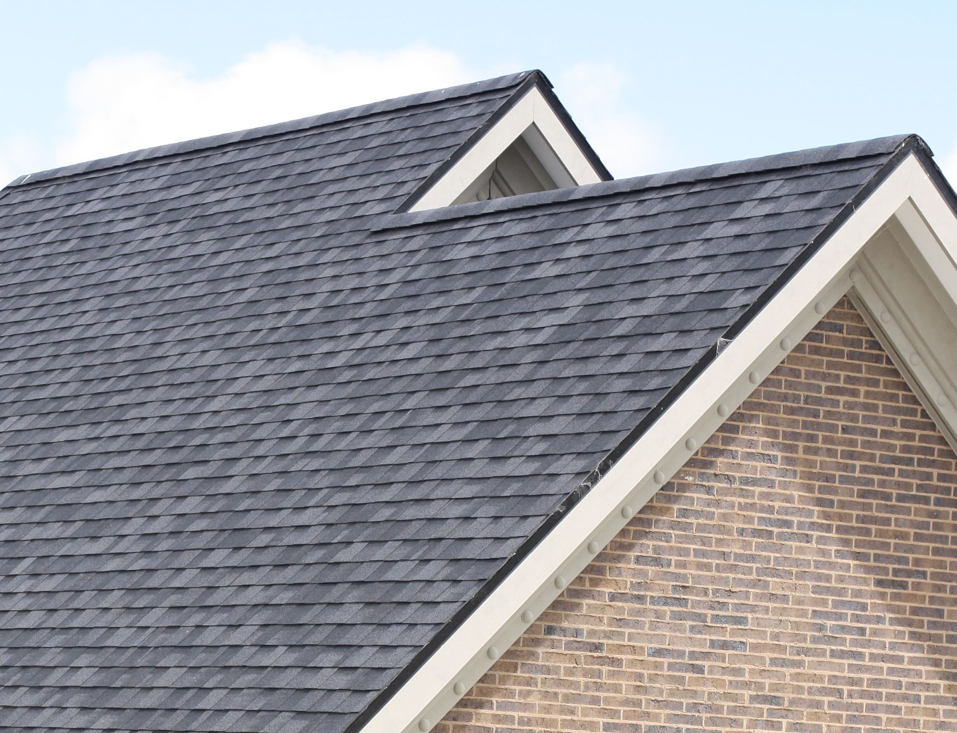 If You Are Looking For The Shingle Roof In Atlanta Ga You Have Come To The Right Place We Are One The Best Companies Providi Roofing Roof Shingles Cool Roof