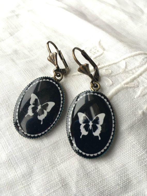 4f54efd48058 Cameo butterfly earrings. Black Victorian Earrings by ReyesRobledo  Pendientes De Mariposa