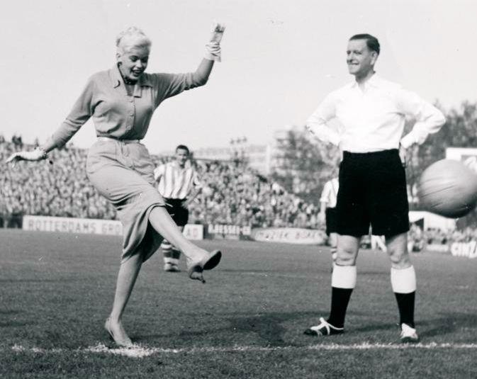 Jayne Mansfield. Doing the kick off at Sparta Rotterdam.
